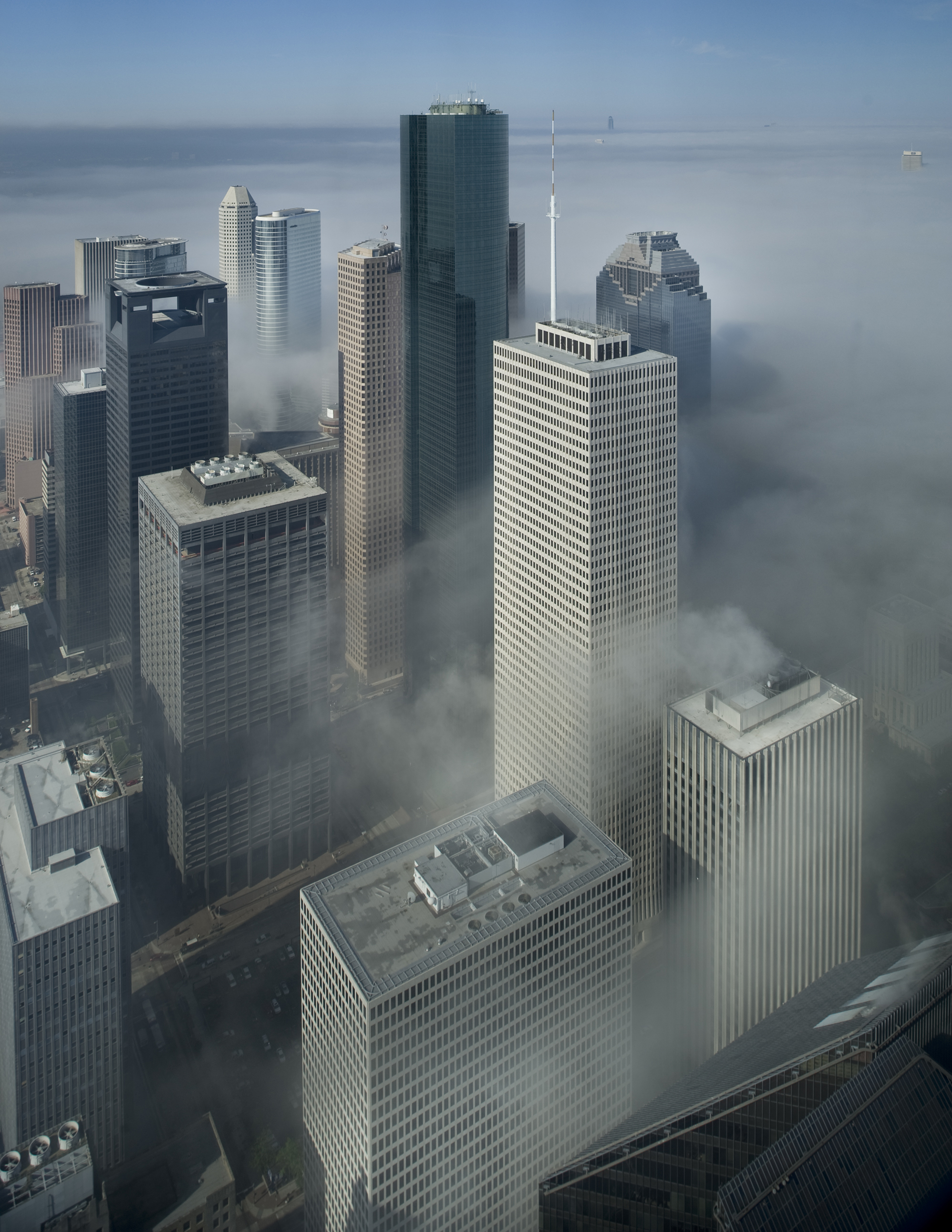 Fog-over-Houston-vertical-2